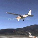 Cessna 172 landing in LECD 8