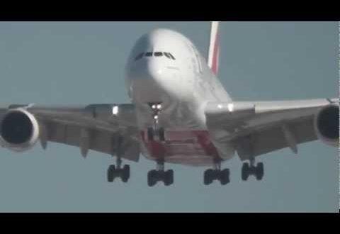 Airbus A380 Emirates (A6-EDX) crosswind landing in Barcelona El Prat Airport (LEBL) 7